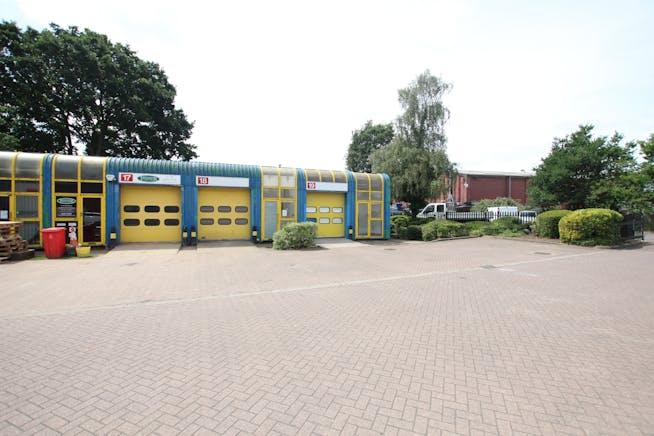 19 Enterprise Estate, Station Road West, Aldershot, Warehouse & Industrial To Let - IMG_9854.JPG