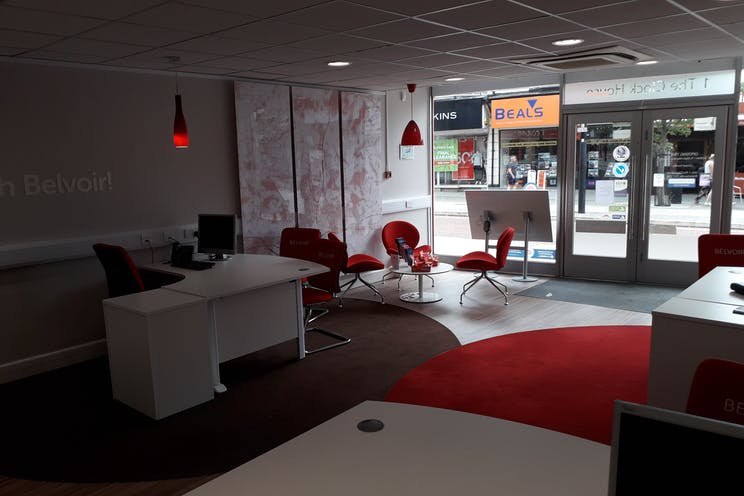 1 Clock House, Waterlooville, Waterlooville, Retail To Let - 20190726_114225.jpg