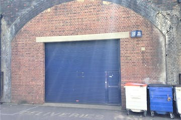 Arch 23 London Stone Industrial Estate, Battersea, Industrial / Offices To Let - Broughton Street LSBE Battersea  Arch 23.jpg