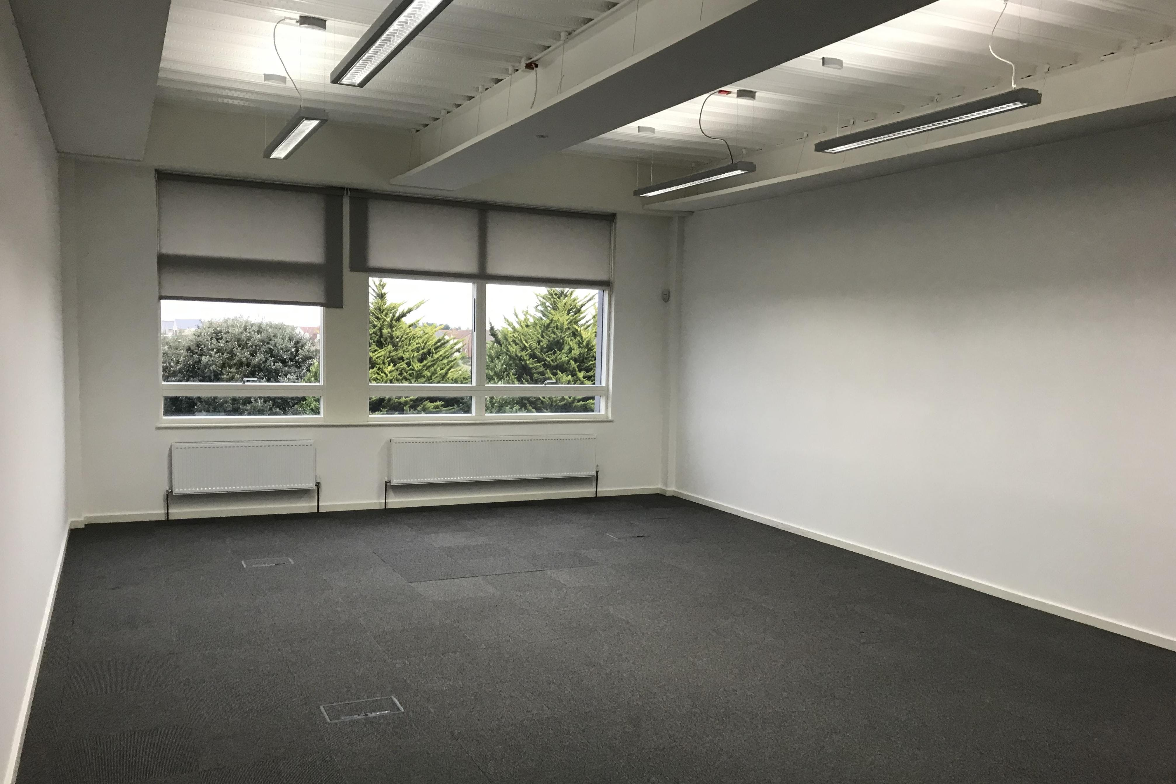 Unit 1 Pacific House, Sovereign Harbour Innovation Park, Eastbourne, Office To Let - IMG_0456.JPG