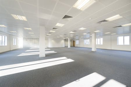 Chiswick Gate, Chiswick, London, Office To Let - 010_Property (1).jpg
