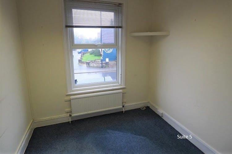 141/143 South Road, Haywards Heath, Office To Let - Suite 5..jpg