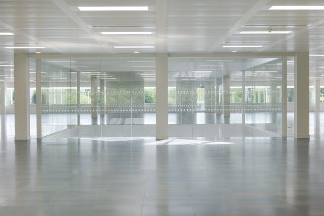 7 Roundwood Avenue, Stockley Park, Uxbridge, Offices To Let - CUSH_7RA_N10.jpg