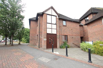 Abbey House, Farnham, Offices To Let / For Sale - IMG_0198.JPG