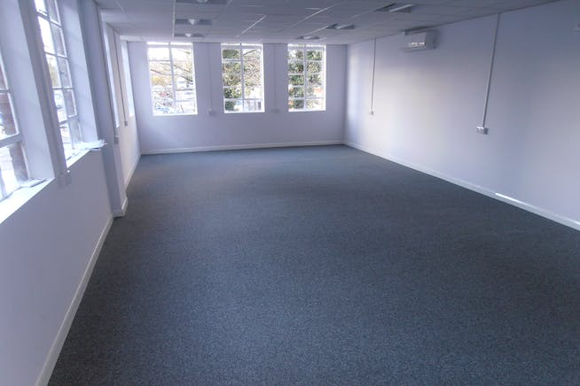 Essex House, 15 Station Road, Upminster, Offices To Let - Essex_House_Upminster_Offices_To_Let_Rent_2.JPG