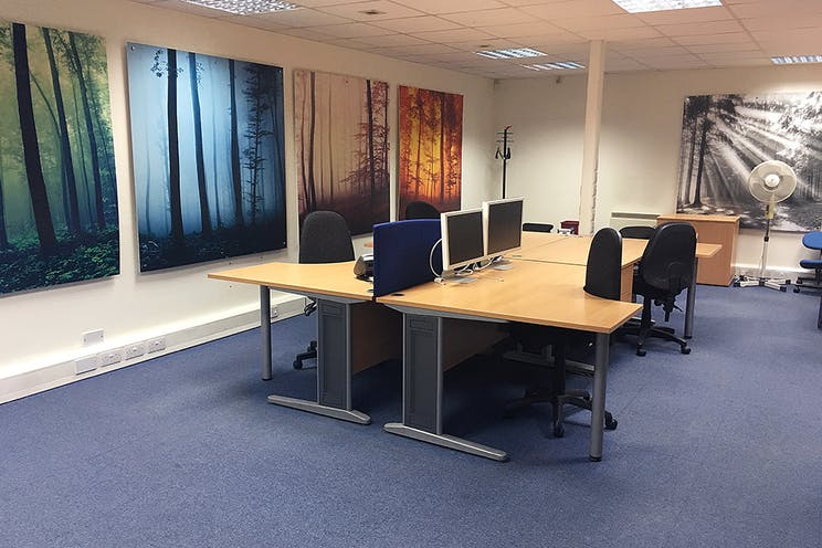 Unit A1, Worton Grange Industrial Estate, Reading, Industrial To Let - Officesupstair2LR.jpg