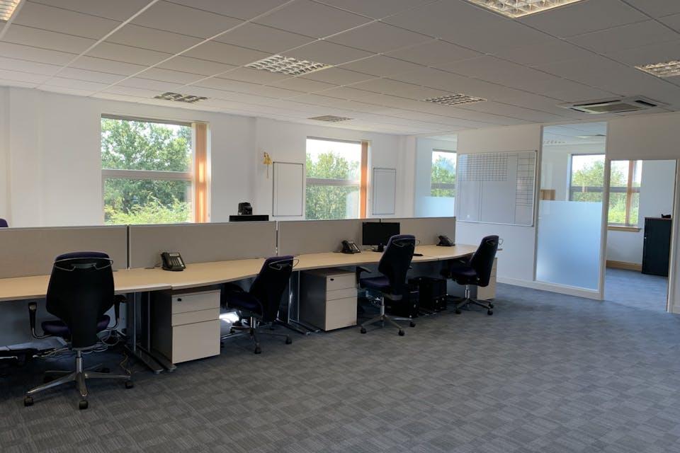 Unit 4 Winnersh Fields, Winnersh, Offices To Let - IMG_9633.jpg