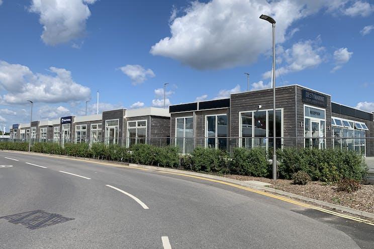 Hamble Point Marina, Southampton, Office To Let - 20210714 163031.jpg