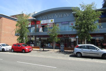 6 Westview, Bracknell, Retail To Let - IMG_0931.JPG