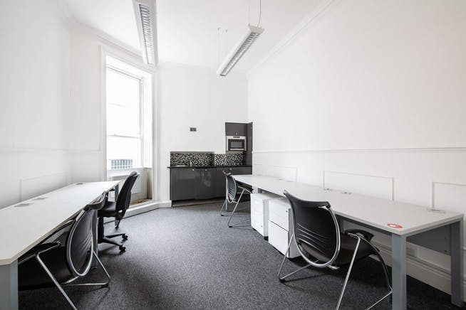 First Floor, 42 Manchester Street, Marylebone, London, Office To Let - 43_Manchester_St_031120_31.jpg