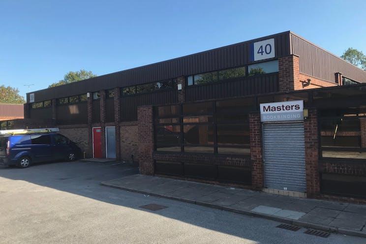 Unit 40, Suttons Business Park, Reading, Industrial To Let - Unit40-Front.jpg