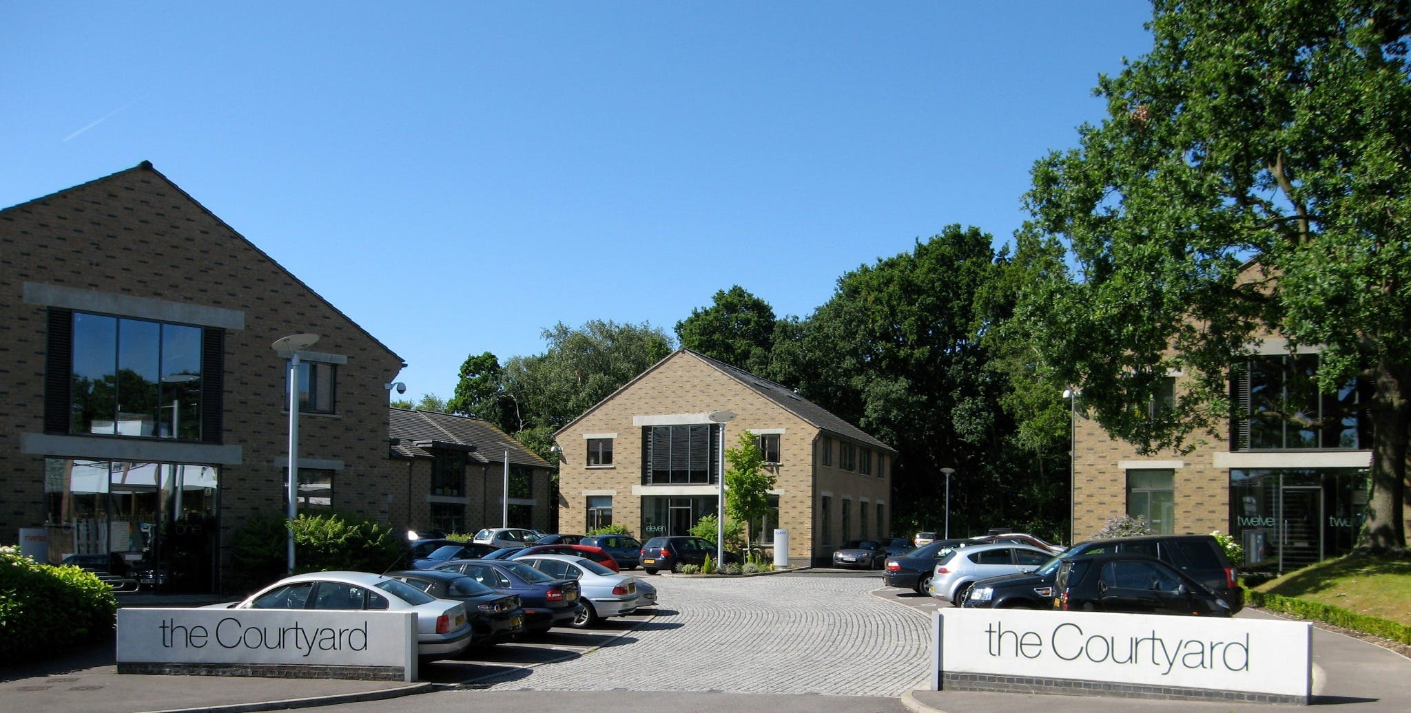 Units 3 & 4, The Courtyard, Bracknell, Offices To Let - Units 3 & 4 The Courtyard, Eastern Road, Bracknell, Berkshire RG12