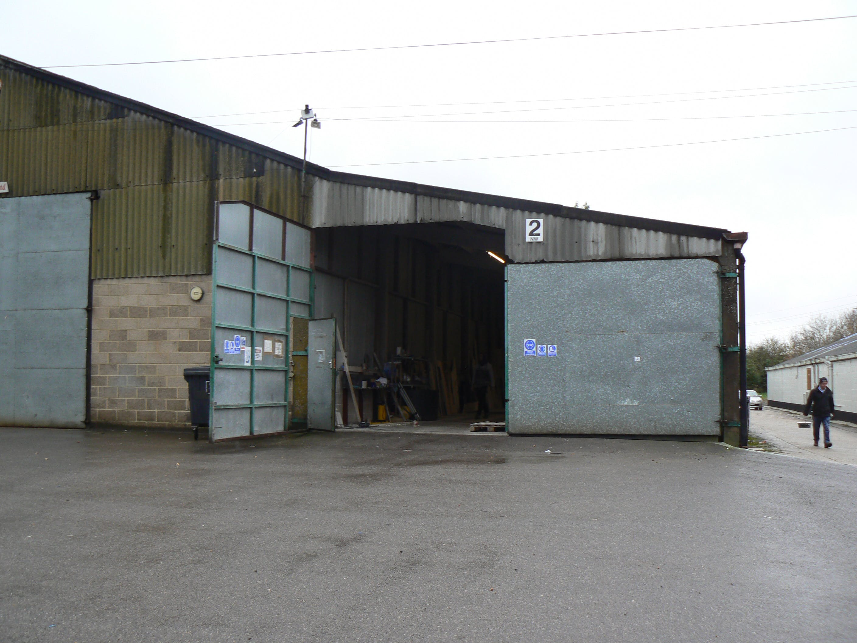 Unit 2 (North Wing), Thurley Business Units, Reading, Industrial To Let - P1050050.JPG