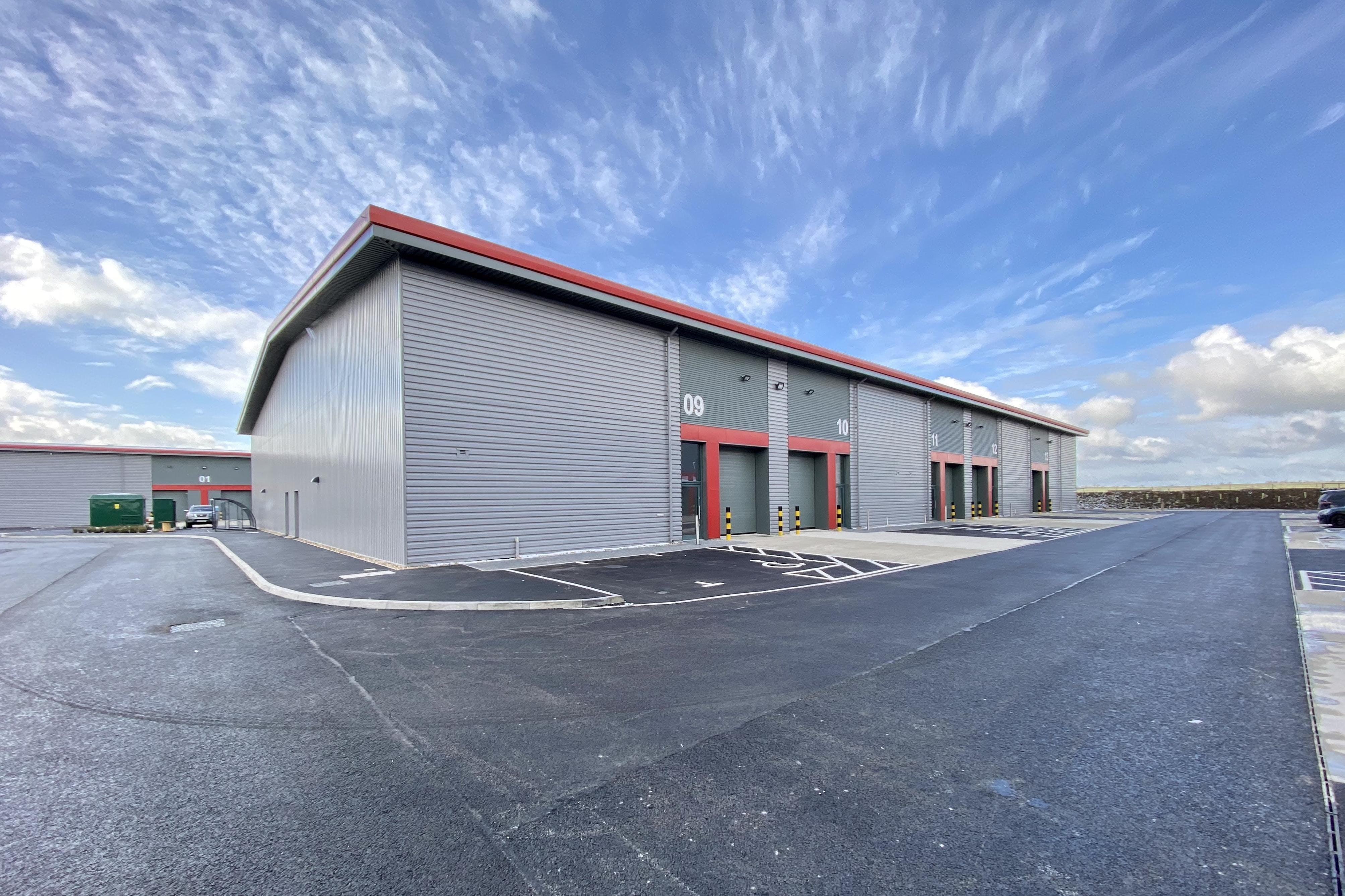 Tavis House Business Centre, Haddenham, Industrial / Investment To Let / For Sale - UNITS 9-13.JPG