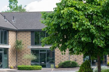 Unit 4, The Courtyard, Bracknell, Offices To Let - New Courtyard 4a.jpg