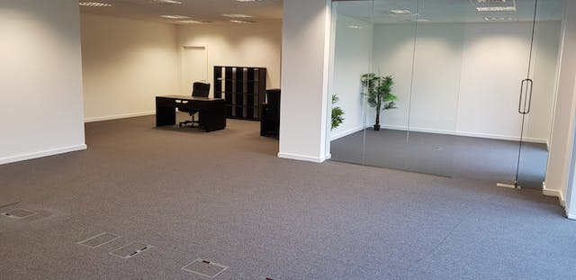 Fulham Business Exchange, Suite 13, Fulham, Sw6, Office To Let / For Sale - 20180612_120044[3].jpg