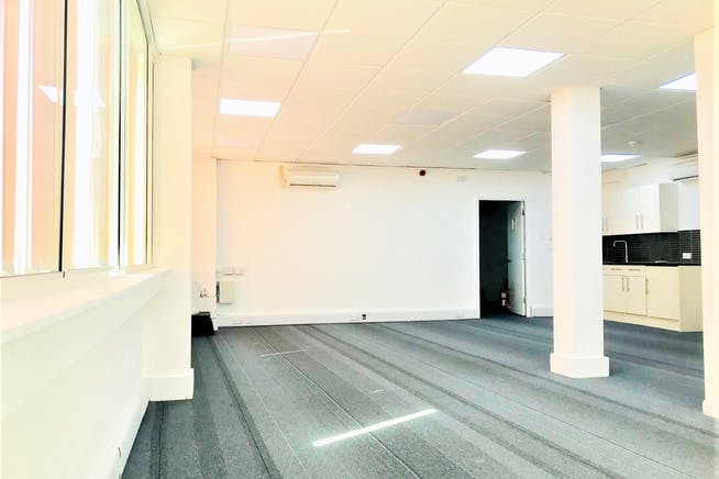 1st Floor Rear, 141-143 King Street, London, Office To Let - IMG_3571.jpg