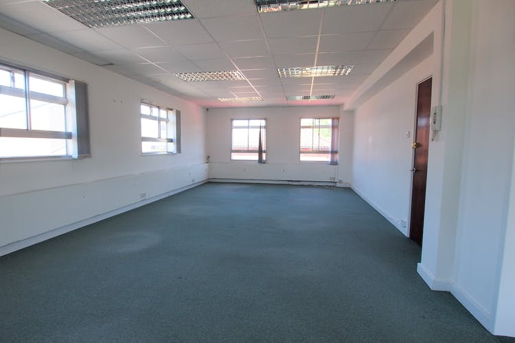 Rooms 1-2, Commercial House, Haywards Heath, Office To Let - P1013775.JPG