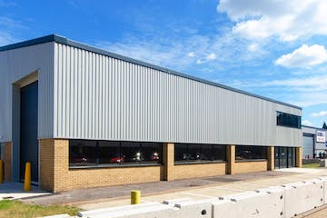 Unit 6, Hyperion Trade Park, Reading, Industrial To Let - External.jpg