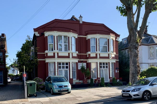 St Vincents Road And Ailsa Road, Westcliff On Sea, Investment For Sale - IMG_3039.JPG