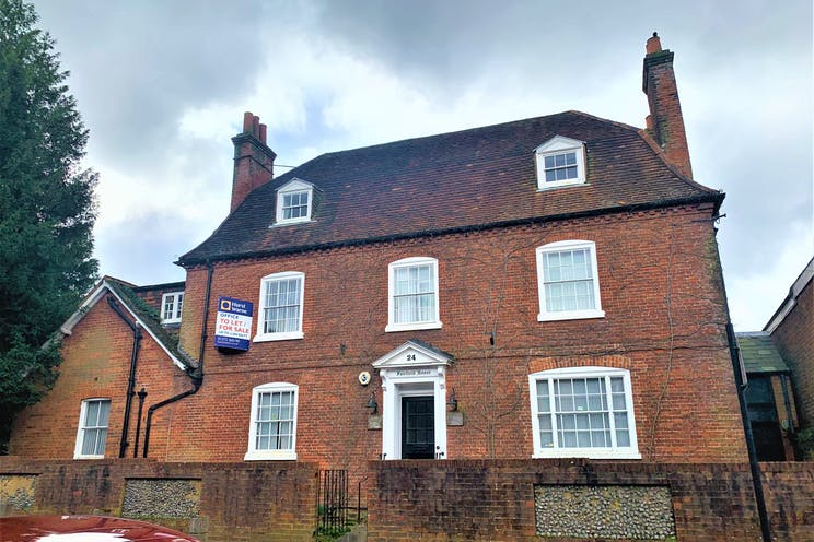 Fairfield House, 24 High Street, Bookham, Offices To Let - IMG_6845.jpg