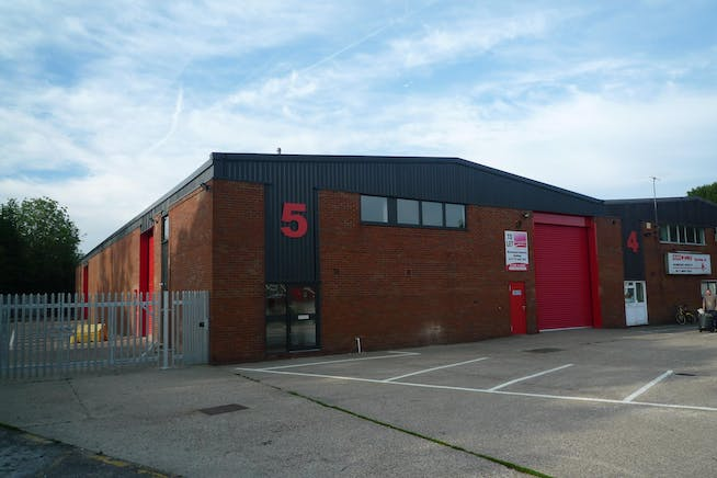 5 Brook Trading Estate, Deadbrook Lane, Aldershot, Warehouse & Industrial To Let - P1090162.JPG
