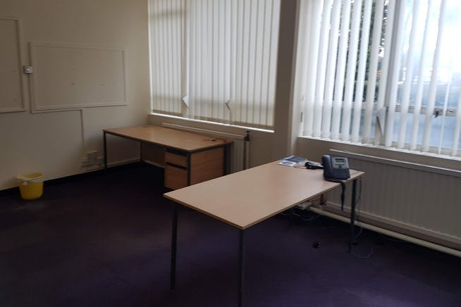 Offices At Drewitt House, Bournemouth, Office To Let - 20190206_102806.jpg
