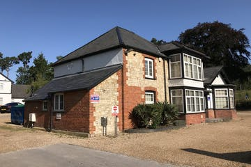 Wolfe Lodge, Bordon, Offices To Let - IMG_0126.jpg