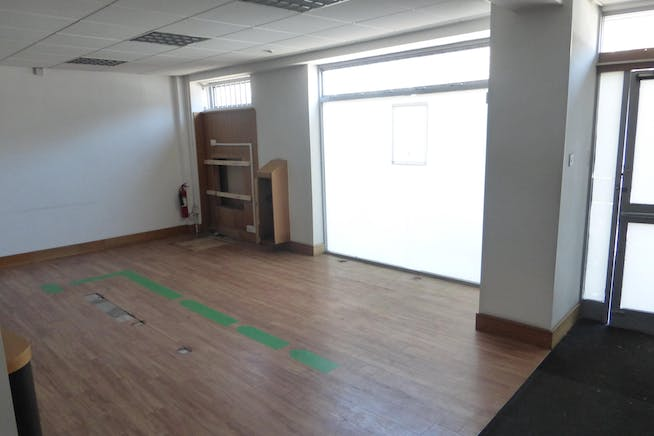 928 Ecclesall Road, Sheffield, Retail To Let - P1210008.JPG