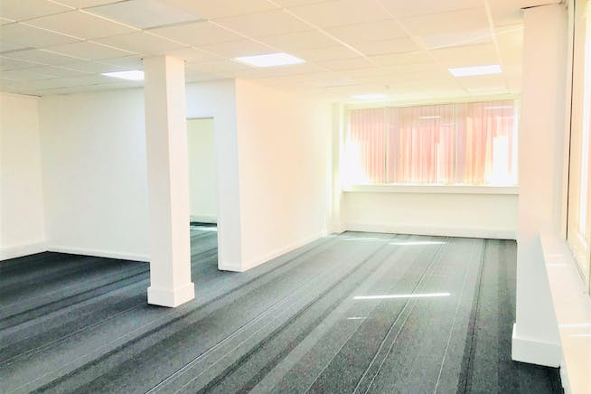 1st Floor Rear, 141-143 King Street, London, Office To Let - IMG_3562.jpg