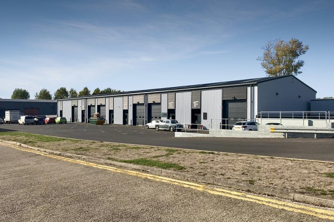 1A Drakes Drive, Crendon Industrial Park, Industrial To Let - IMG_7439-1.jpg