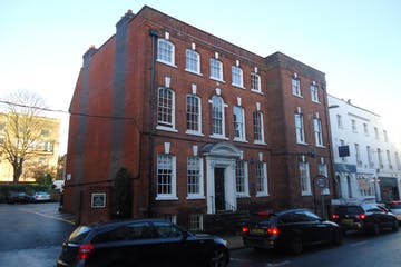 Suite A, 2nd Floor, 12 Southgate Street, Winchester, Offices To Let - Image 1
