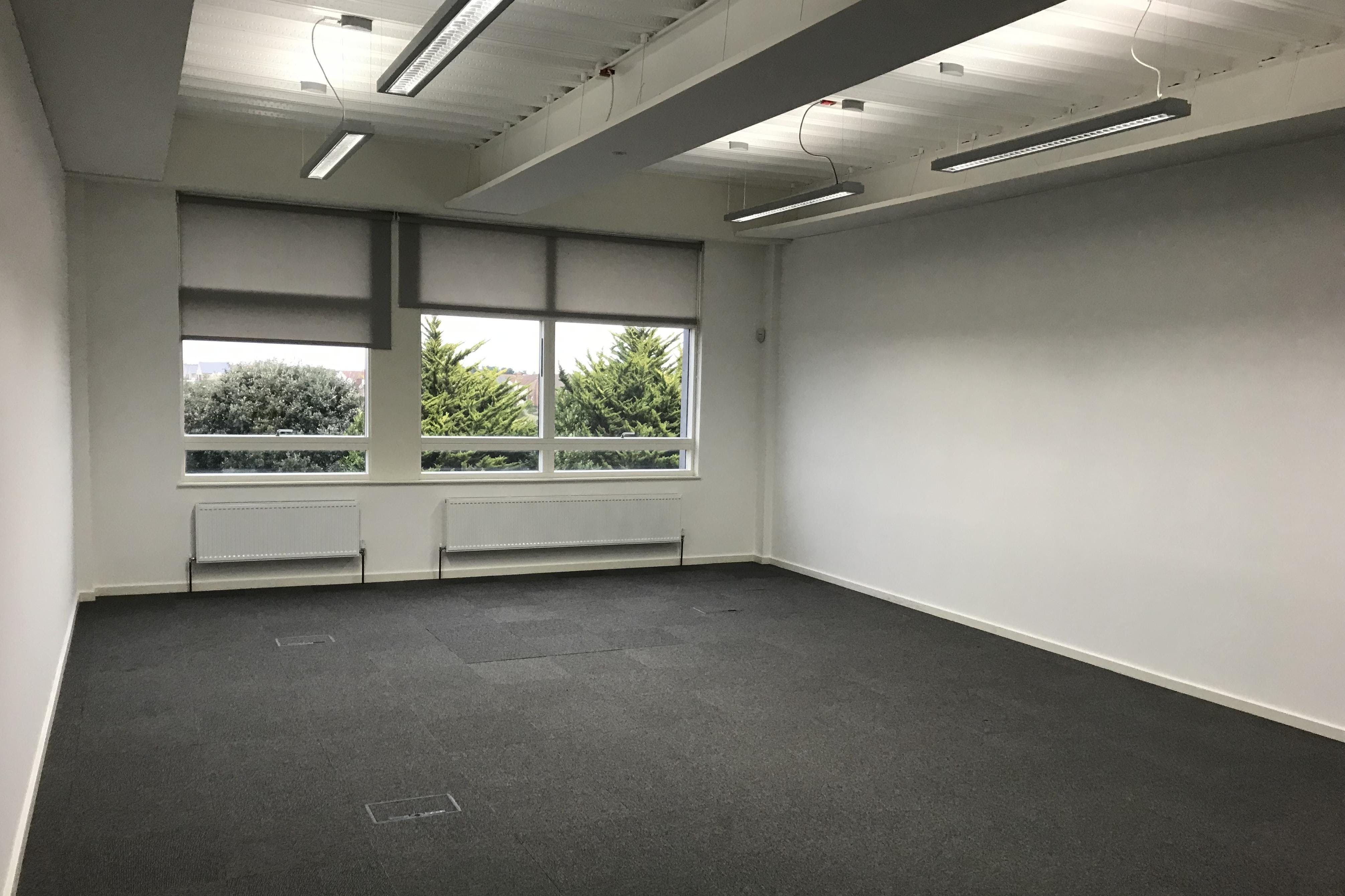 Unit 7 Pacific House, Sovereign Harbour Innovation Park, Eastbourne, Office To Let - IMG_0456.JPG