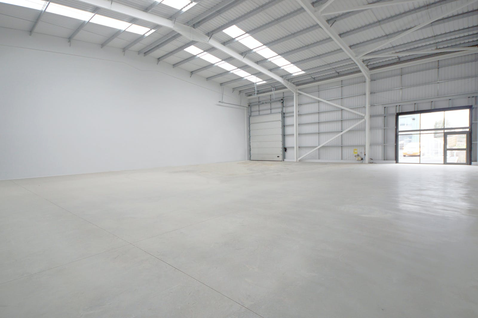 Trade City Reading, Sentinal End, Reading, Industrial To Let - unit 6.JPG