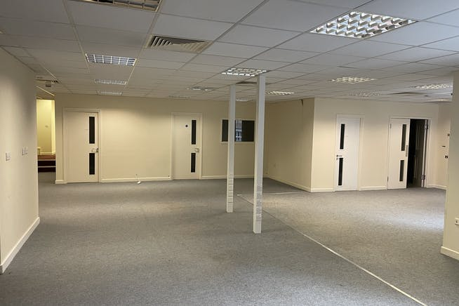 Unit 1C, Queens Apartments, Hastings, Office To Let - IMG_4947.JPG