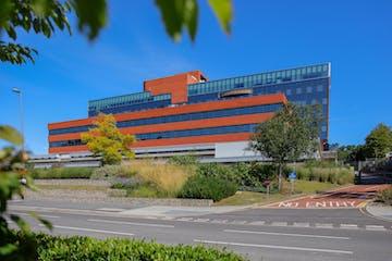 Eni House, Basing View, Basingstoke, Office To Let - 006.jpg