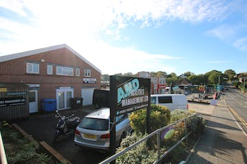 First Floor, 192-194 Alder Road, Poole, Office To Let - IMG_2712.JPG