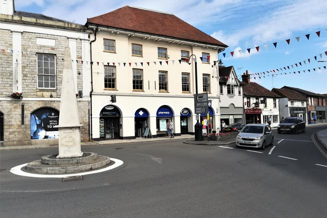 4-5 Market Square, Marlow, Offices To Let - External MSquare.jpg