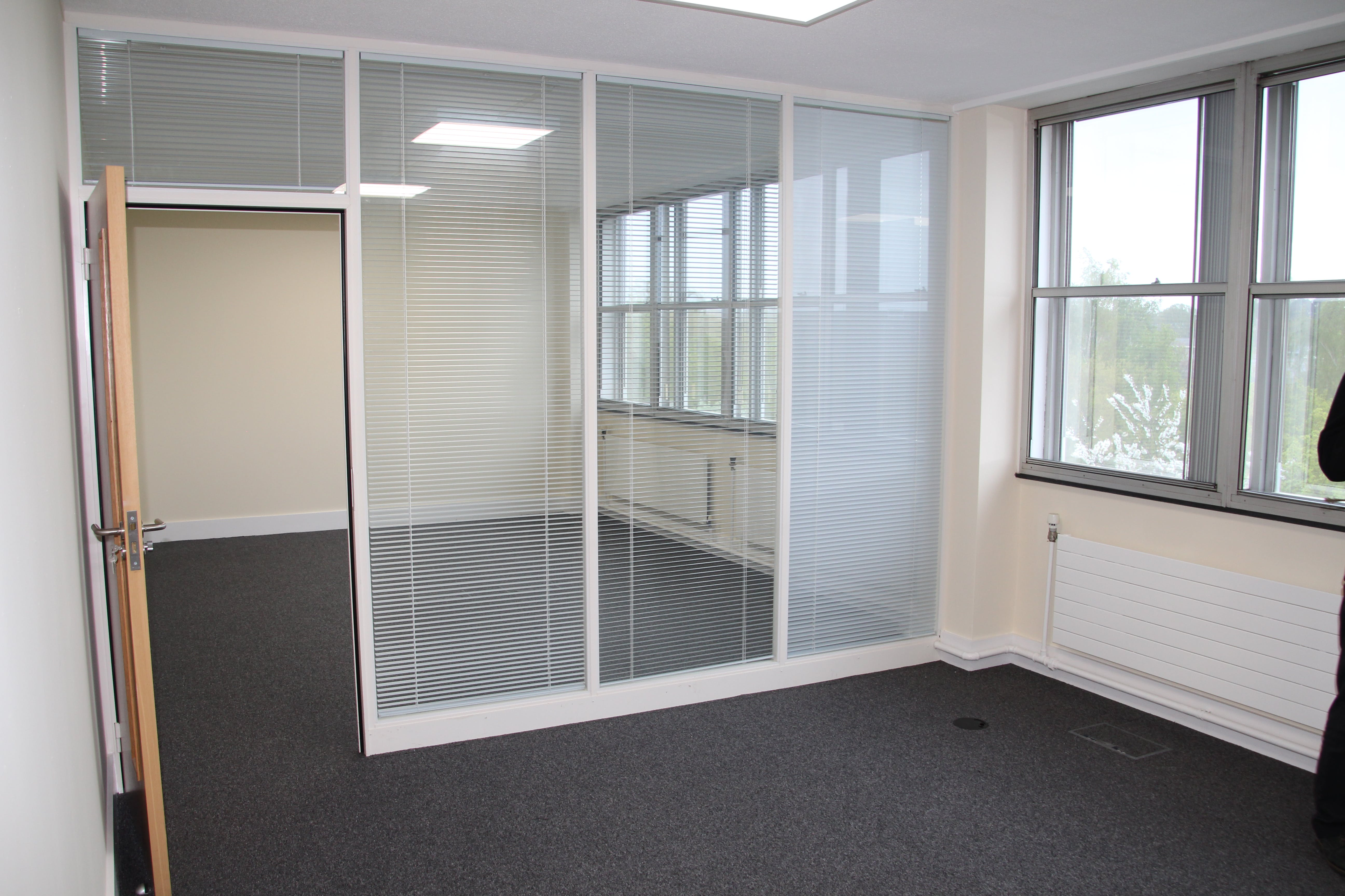 Westmead House, Farnborough, Office To Let - IMG_5715.JPG