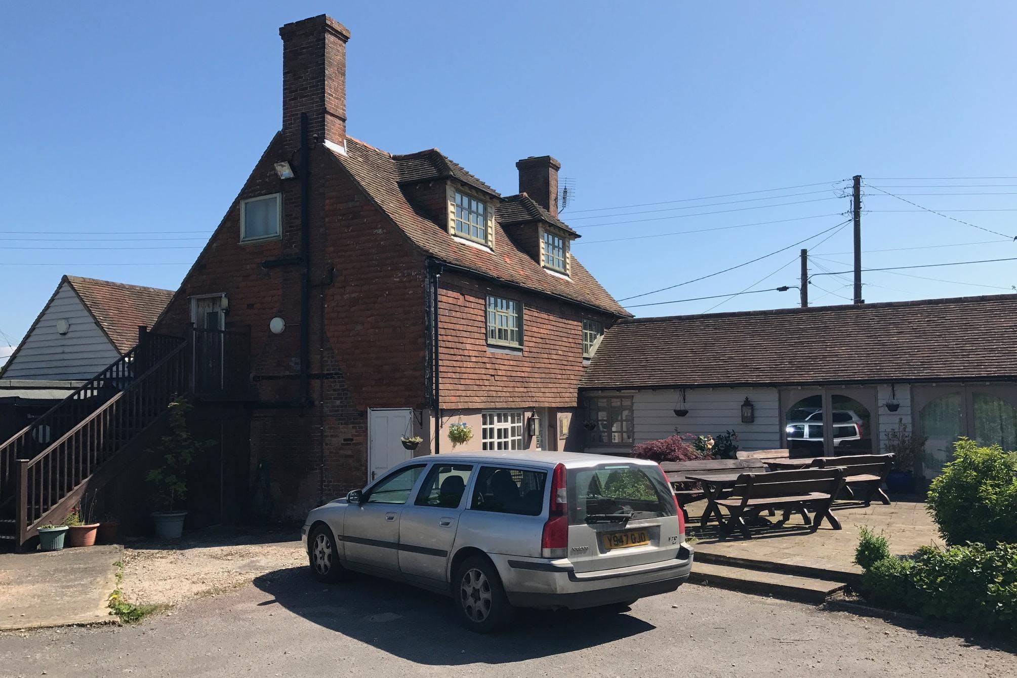 The Crown Inn, Tenterden, Leisure / Retail For Sale - IMG_7082.JPG