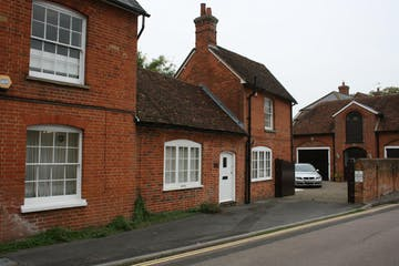 Ostlers Place, 138 High Street, Odiham, Offices To Let - IMG_0415.JPG