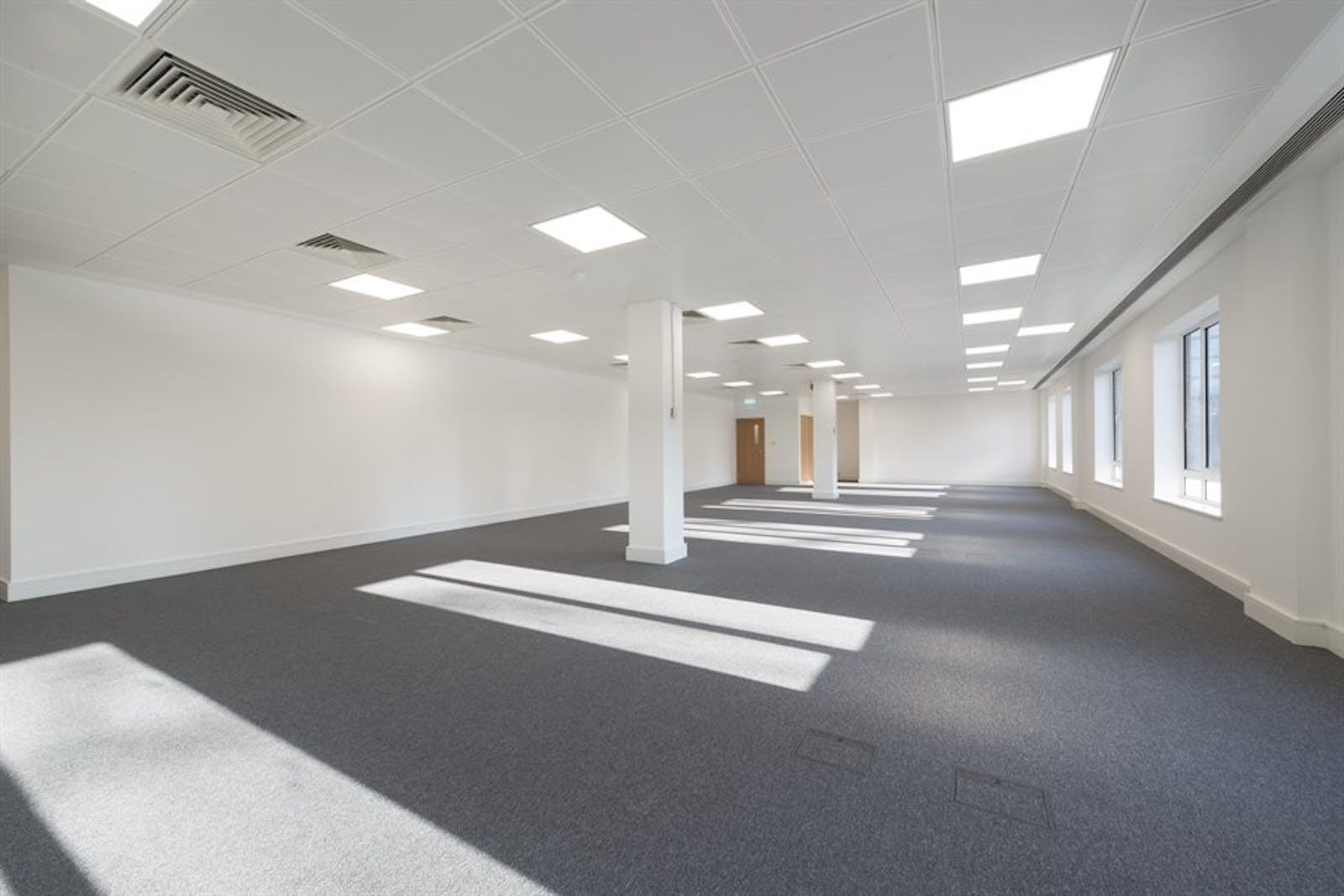 Chiswick Gate, Chiswick, London, Office To Let - 005_Property (1).jpg