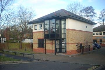 49 Guildford Road, Bagshot, Offices To Let - DSCN5690.JPG