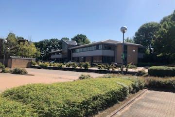 Alba House, Wokingham, Offices To Let - IMG_3941.jpg