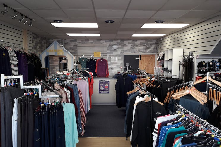 Unit 12, The Boulevard, Waterlooville, Retail To Let - 20190304_115958.jpg