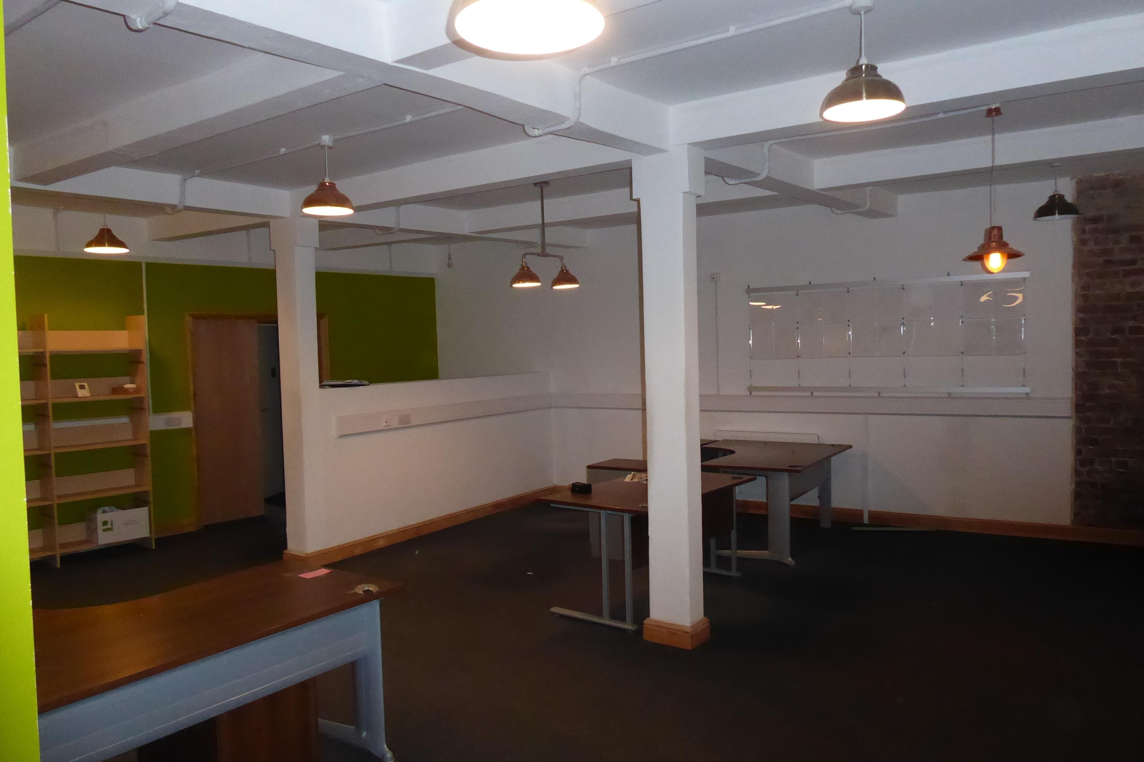 96-100 Middlewood Road, Hillsborough, Sheffield, Offices / Retail / Restaurant / Suis Generis (other) To Let - P1030889.JPG