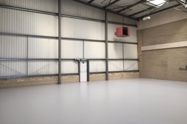 Unit 4 Guildford Industrial Estate, Guildford, Warehouse & Industrial To Let - internal 2