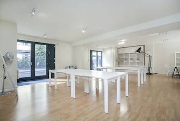 12 Waterson Street, London, Offices For Sale - Space Photo 6.jpg - More details and enquiries about this property