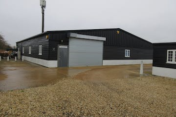 Unit 17 Vicarage Farm, Halliford Road, Sunbury On Thames, Warehouse & Industrial To Let - IMG_1853.JPG