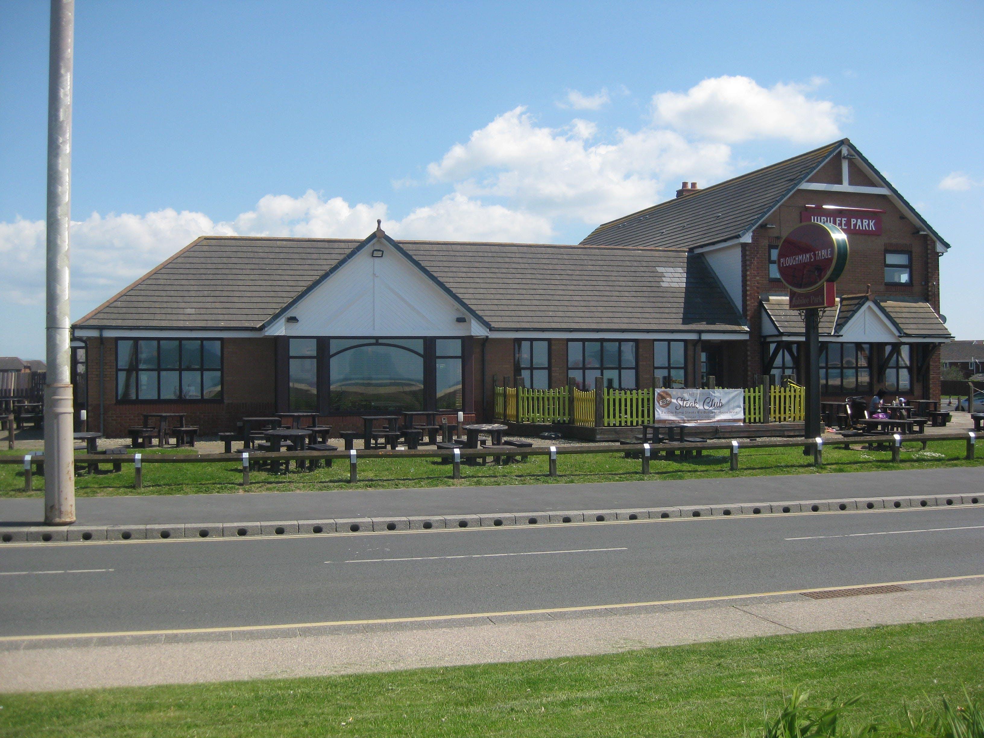 Jubilee Leisure Park, North Promenade, Leisure To Let - NW-820525-10.JPG